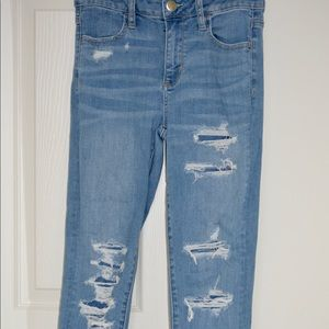 American Eagle Outfitters Jeans - AMERICAN EAGLE SUPER STRETCH RIPPED JEAN🎉💜